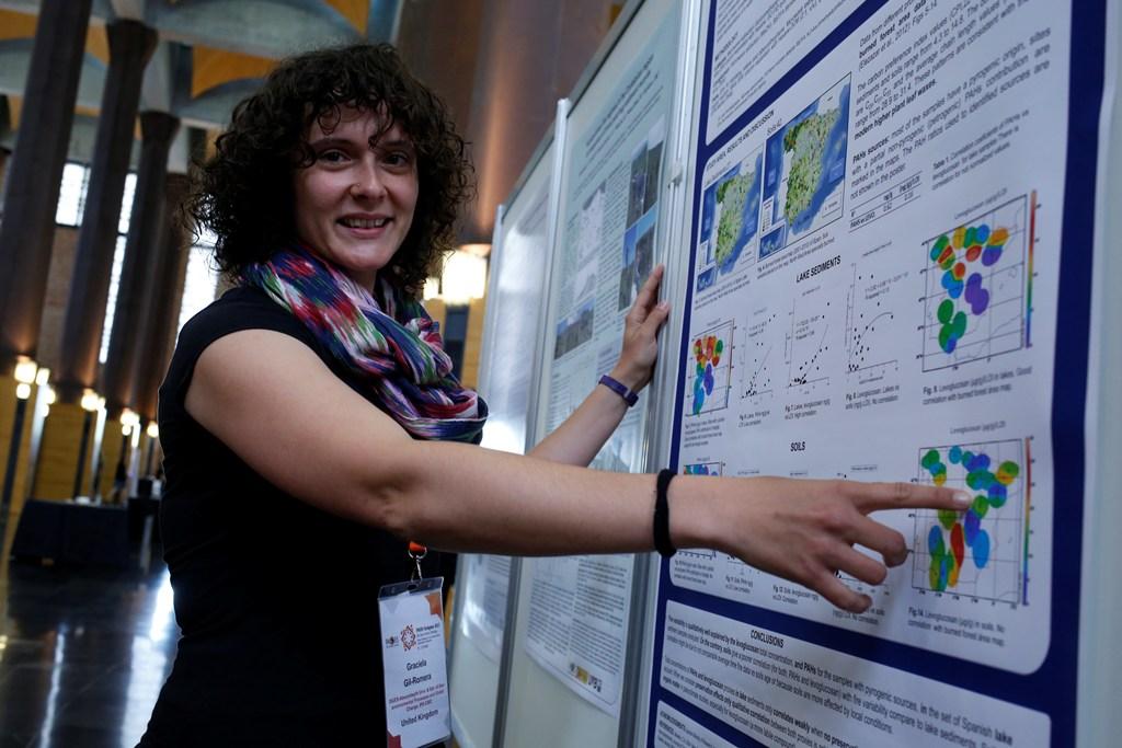 Fotografía congreso PAGES Graciela Gil-Romera 1 incendios web
