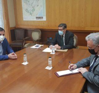 Reunión Arturo Aliaga y Sam Coca Alumalsa Linamar web